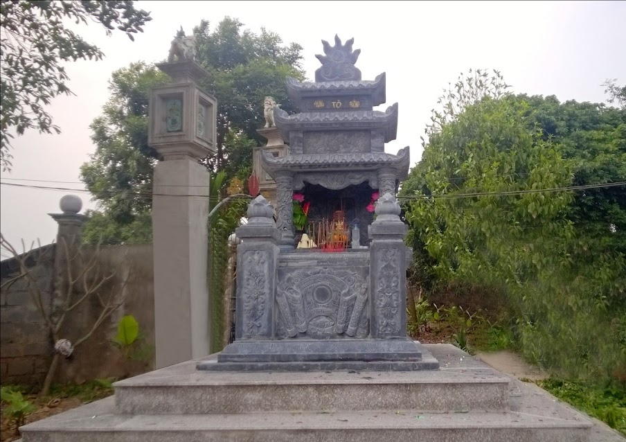 Mộ tổ Chi I táng tại Đình Giang Soi
