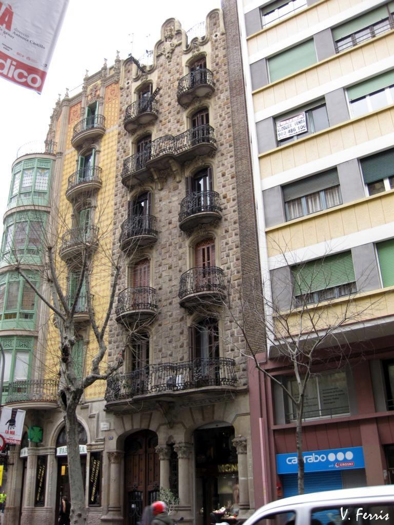 Casa sociedad torres hermanos ii barcelona modernista - Casa torres barcelona ...