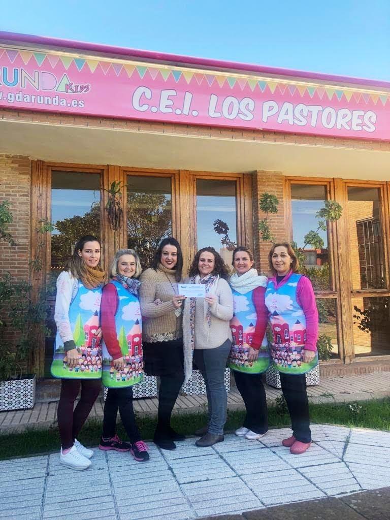 """Entregado al CEI Los Pastores el premio a la """"Mejor vestimenta escolar Entremares 2018"""""""