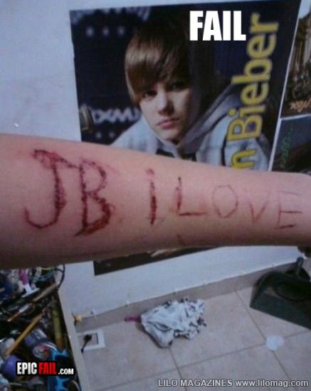 Funny Crazy Fans of Justin Bieber