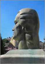 Photo: Portretul lui Mihai Eminescu  -  din Piata 1 Decembrie 1918, spatiu verde - 2017.08.02