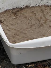 lera i bottnet av hinken i form av ett ♥