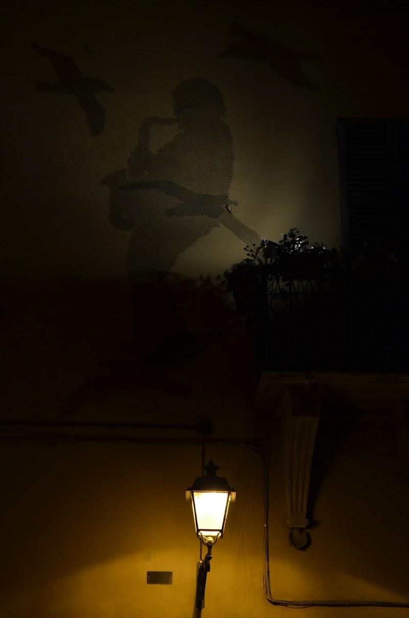La notte a casa di Lucio di Curlyblus