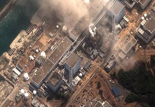 https://lh3.googleusercontent.com/_FEKGm_hJFyU/TX63ST3TVlI/AAAAAAAAKb0/6pzFgxZZ_wg/japon_fukushima_planta_nuclear_explosion_2011.jpg