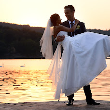 Wedding photographer ZOLTÁN SINKOVITS (ZOLTANSINKOVIT). Photo of 15.10.2016