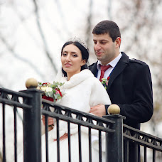 Wedding photographer Zhora Oganisyan (ZhoraOganisyan). Photo of 23.11.2016