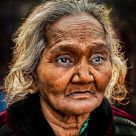Old Lady 2 by Sanjit Chowdhury - People Portraits of Women
