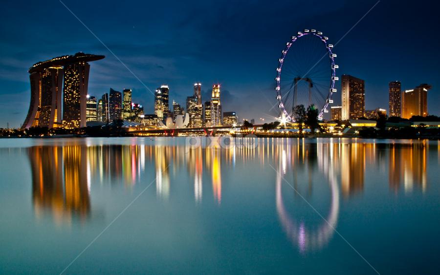 Marina Bay skyline, Singapore by Wah Yuen Lau - Travel Locations Landmarks ( pwclandmarks, marina bay sands, singapore flyer, singapore, marina bay, night, lights )