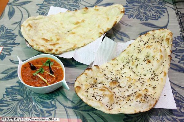 斯里印度餐廳。生活在台中的印度人開的正宗印度料理,高達上百種特色印度菜,讓你免飛印度就可享受到正宗的印度料理