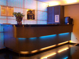 新萬年大飯店