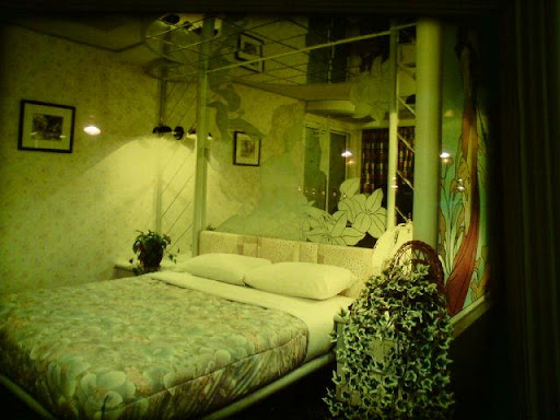 百老匯碟影旅館