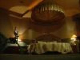 悅世界商務飯店
