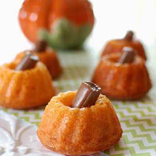 Orange Dreamsicle Pumpkin Cakes.