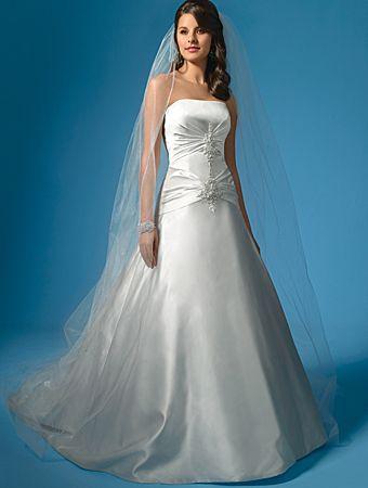 modern-princess-bridal-gown