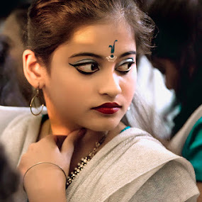 by Debmalya Sinha - People Portraits of Women ( girl, candid, stranger, portrait )