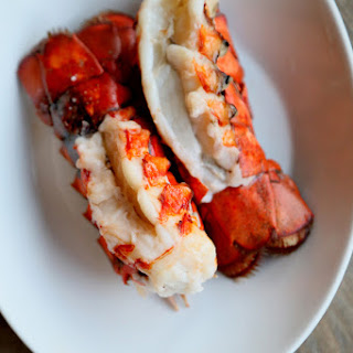 BROILED LOBSTER TAILS (3 lobster tails).