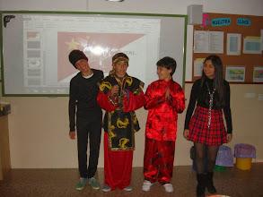 Photo: Grupo Asia oriental.
