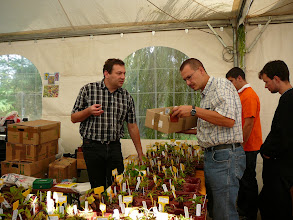 Photo: Dr. Andreas Wistuba (left) at his stand.
