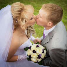 Wedding photographer Irina Polyakova-Shurmovskaya (monnamira). Photo of 02.04.2015