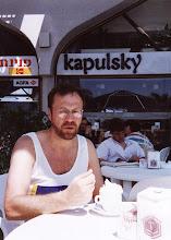 Photo: 1989 - Kantakahvipaikassa