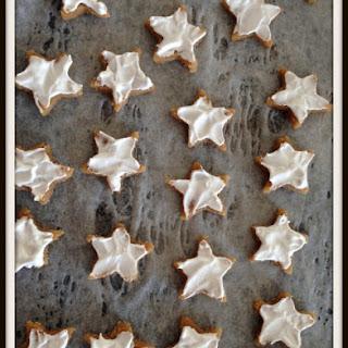 Cinnamon star Christmas cookies (Zimtsterne).