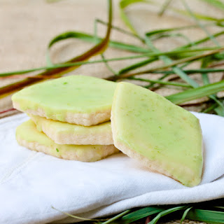Lemongrass Shortbread Cookies