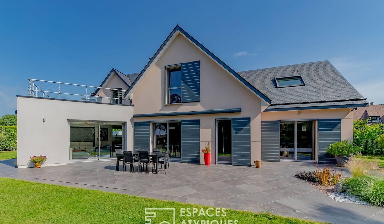 Maison avec terrasse Roumare