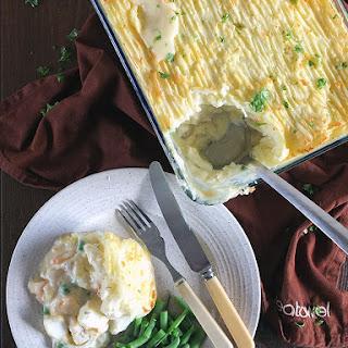 Creamy Fish Pie with Prawns & Dill.