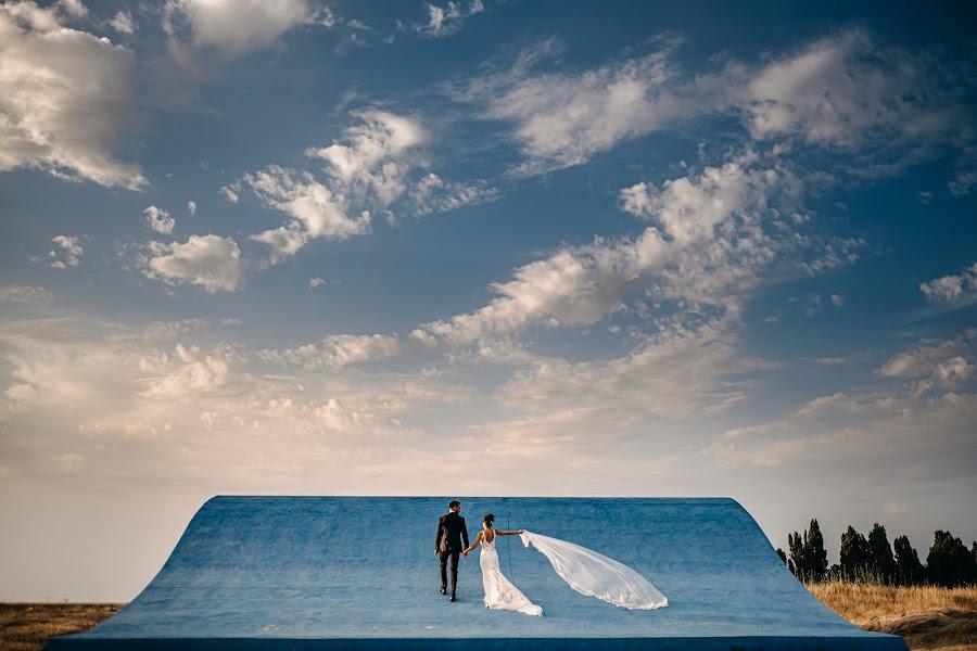 Wedding photographer Alberto Cosenza (AlbertoCosenza). Photo of 28.11.2019