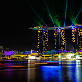 marina bay sands green lazer by Lester Woodward - Travel Locations Landmarks ( bay, lazer, nighttime, marina bay sands, long exposure, singapore, night, lights )