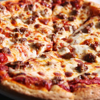 Hand-Tossed Pizza and Toppings #PizzaWorld