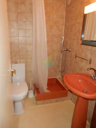 Location appartement meublé 2 pièces 26,91 m2