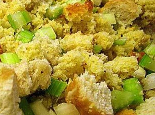 Old Fashion Corn Bread Dressing Recipe