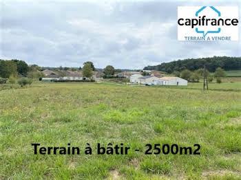 Terrain 2500 m2