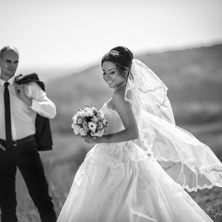 Wedding photographer Denis Zavgorodniy (zavgorodniy). Photo of 21.03.2016