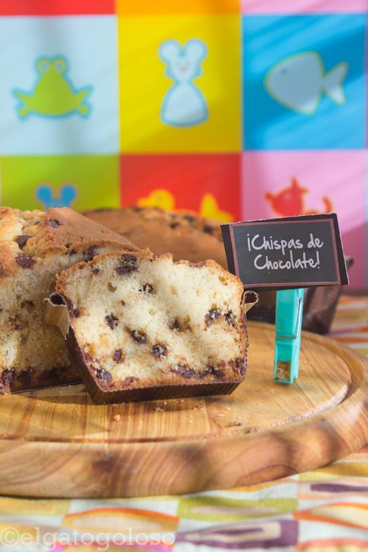 Cake de chispas de chocolate para Carnavales