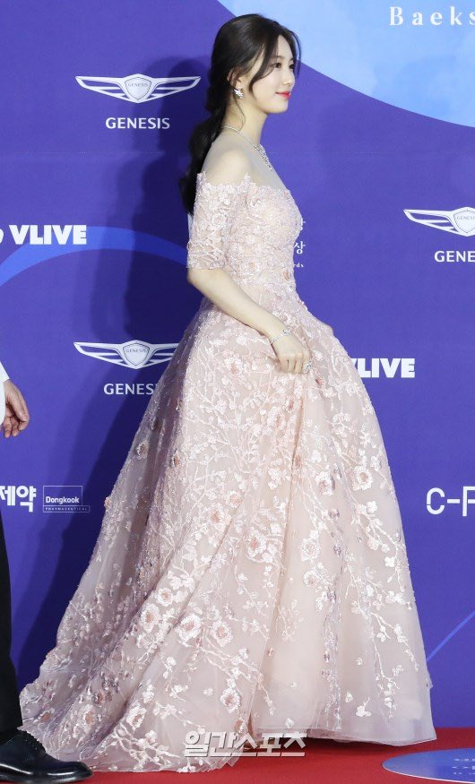 suzy gown 5