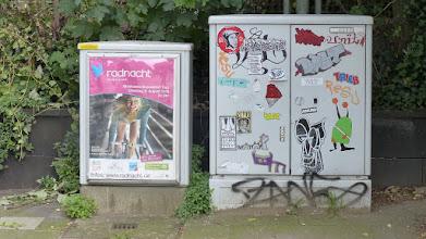 Photo: Kabelverteiler; Stickerparade; TRIEB PQUS DAST BLINDON META SMILE et al.