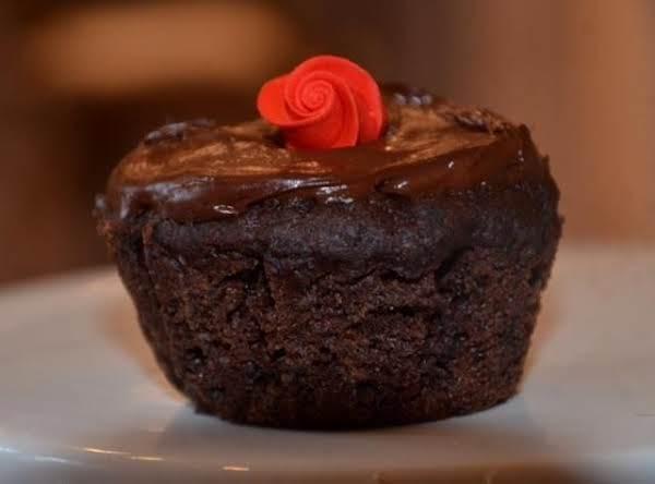 Dark Chocolate Bean Mini Cakes Recipe