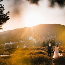 Wedding photographer Adina Iaru (jadoris). Photo of 03.05.2018