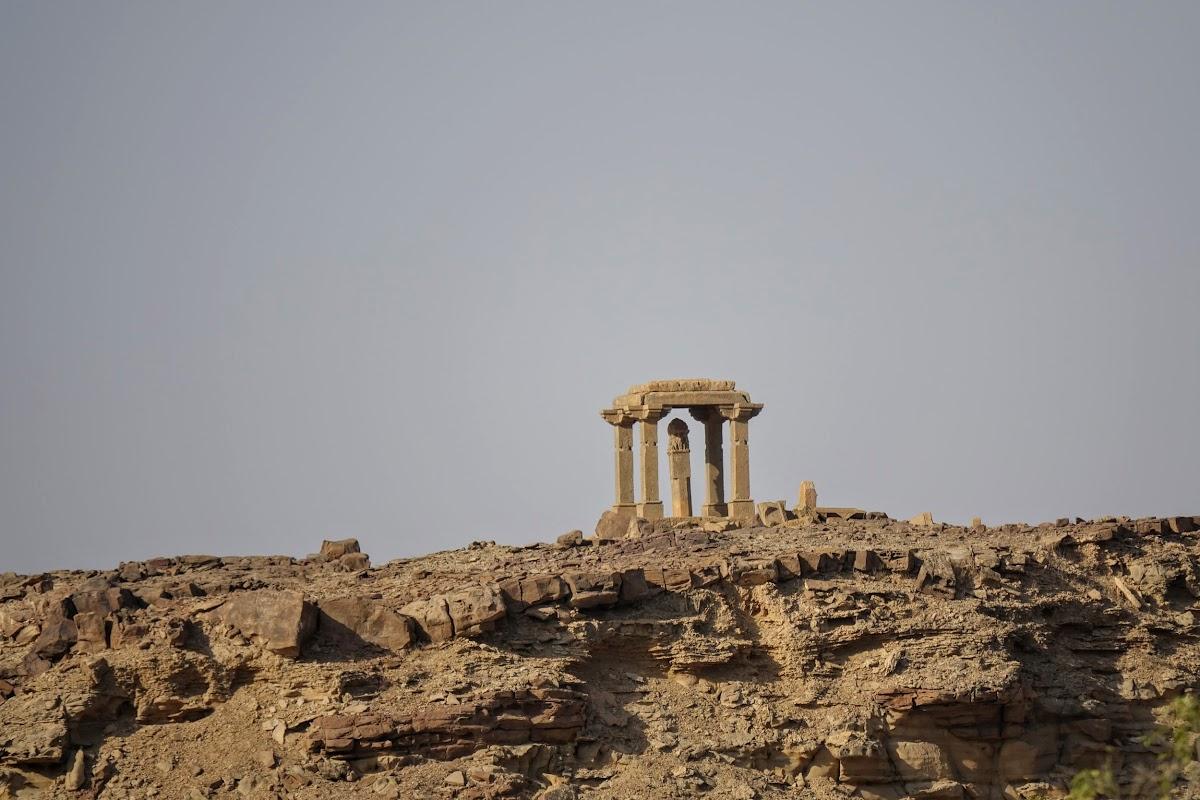 Thar. Desert Camel Trekking Day 3. Centuries-old Paliwal Brahmin Tomb
