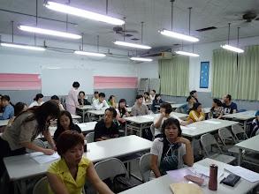 Photo: 20100530 100年大陸與外籍配偶識字班(第一期) 006