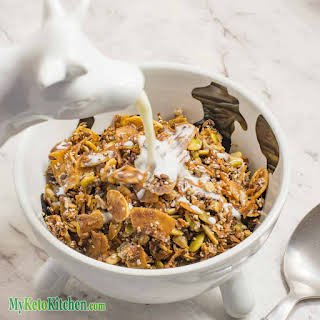 Low Carb Cinnamon Keto Cereal.