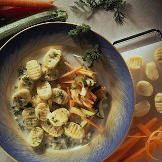 Kartoffel-Gnocchi mit Frühlingsgemüse