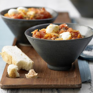 Tomato Curry with Bocconcini.