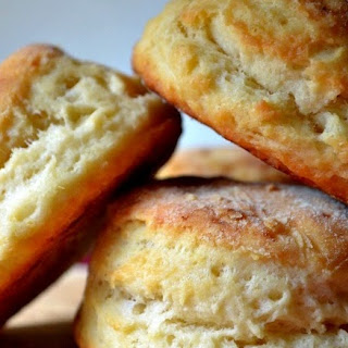 Perfectly Fluffy Vegan Biscuits Recipe