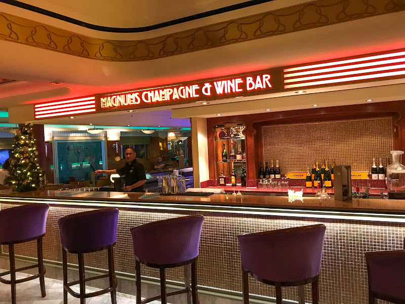 Magnum's Champagne Bar & Wine Bar on Norwegian Jade.