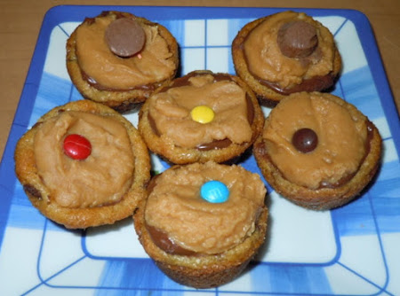 Chocolate Chip Peanutbutter Cup Cookies Recipe