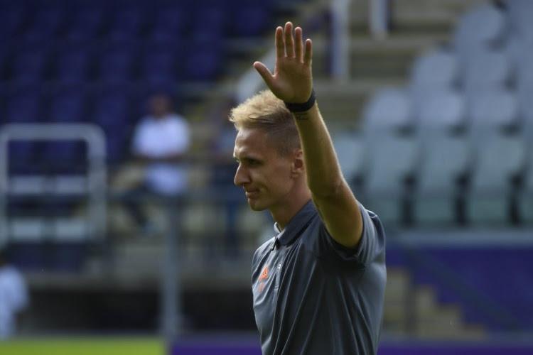 OFFICIEEL: Charleroi zet play-off 1 ambities kracht bij met komst van gewezen Anderlecht-spits
