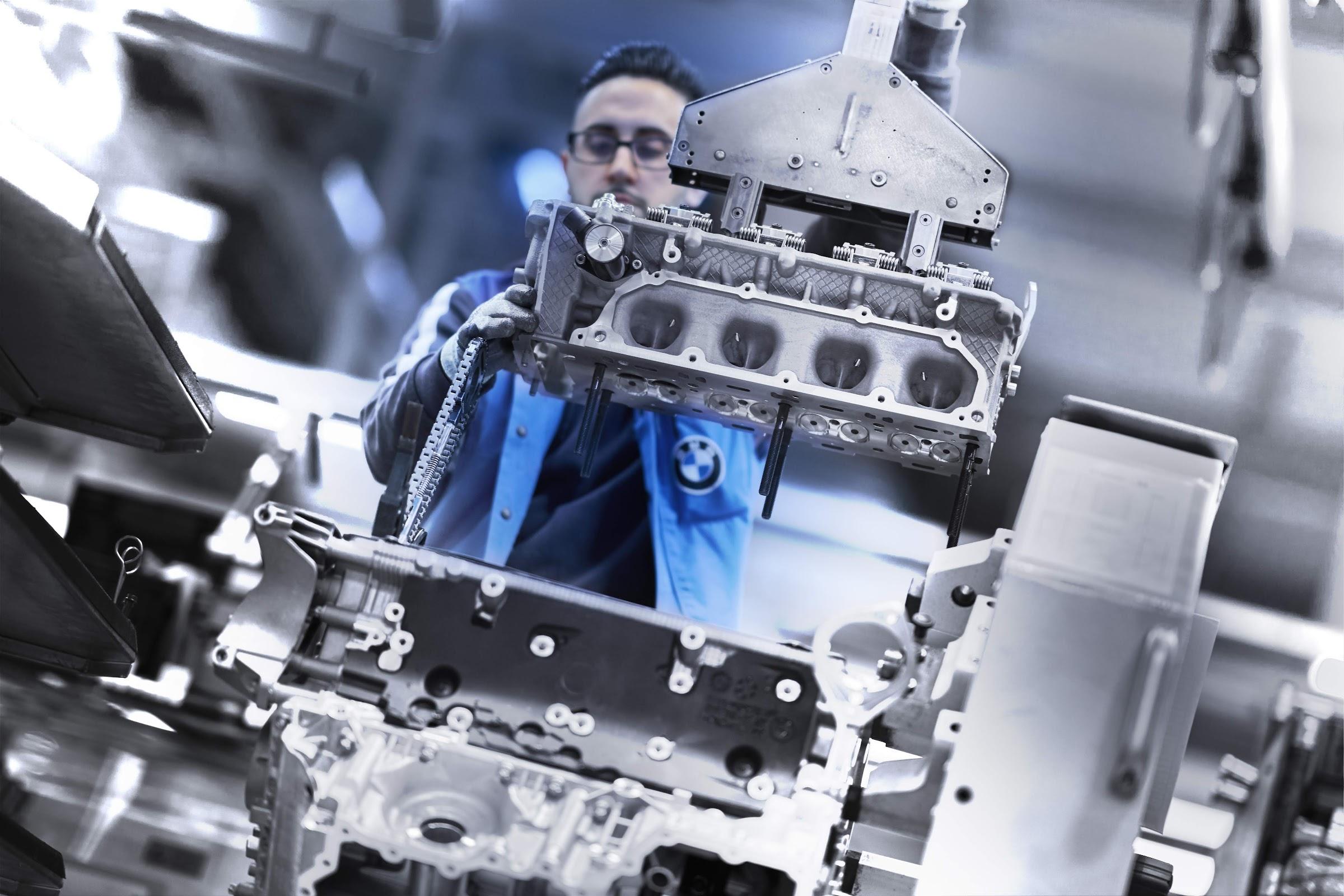 JnrmRrR5fntlQMWgLi75msNSwnap1J1ONatJ6PTwJFbP FjzbsYe5cib0jV64VJZzOK B8JCPuOohwn9P908zzn7Gnzu3 fmvZOf06TiFT2d8HCc QPLFF8qtRqymn4ig80IGuVgg=w2400 - Así es el montaje del motor V8 del BMW Serie 8 Coupé